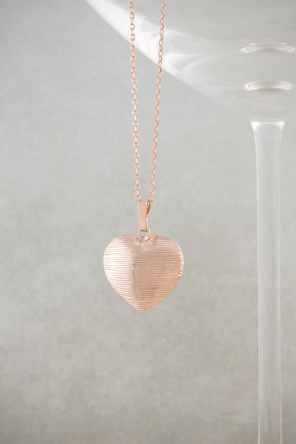 ad02497f9da8a Necklaces   Rose Gold Diamond Cut Heart Necklace at Baronessa